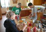 Die Jungen Auwald-Ranger haben alle Mahlzeiten selber zubereitet.