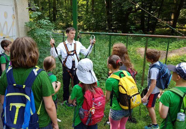 """Junge Auwald-Ranger Exkursion """"Die Vielfalt im Auwald entdecken"""""""